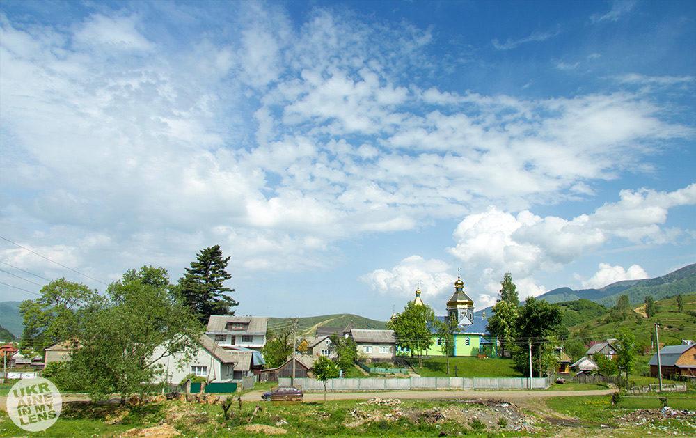 Новая Свято-Духовская церковь в Колочаве