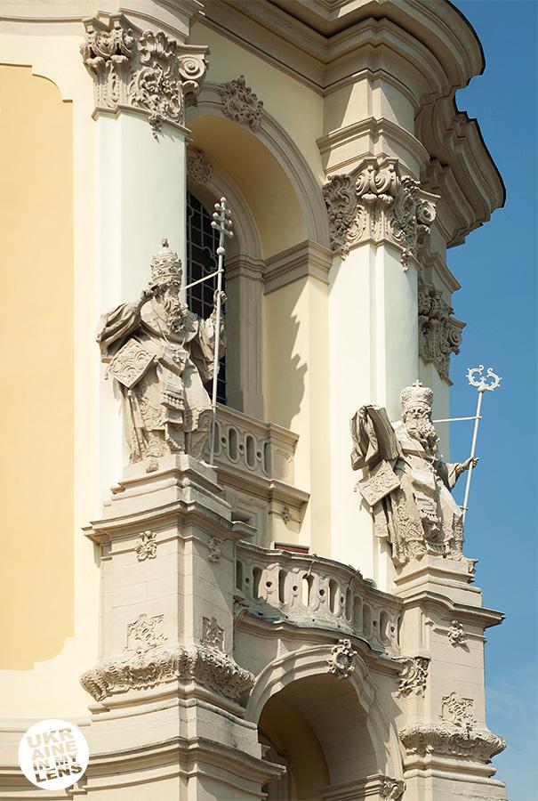 Скульптуры Собора святого Юра во Львове