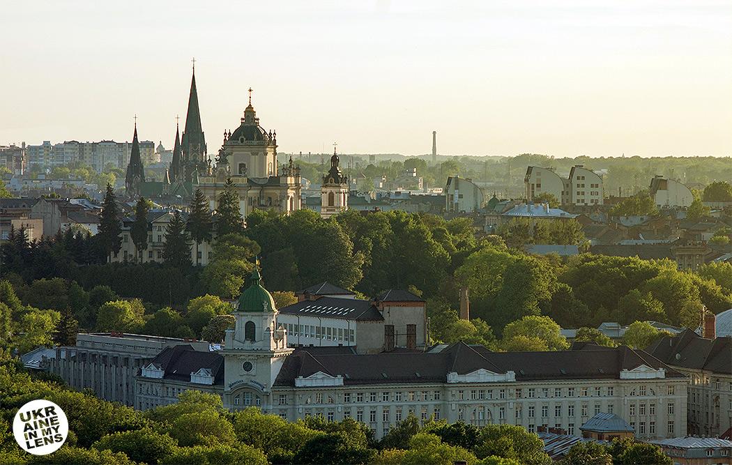 Собор святого Юра во Львове. Вид с ратуши