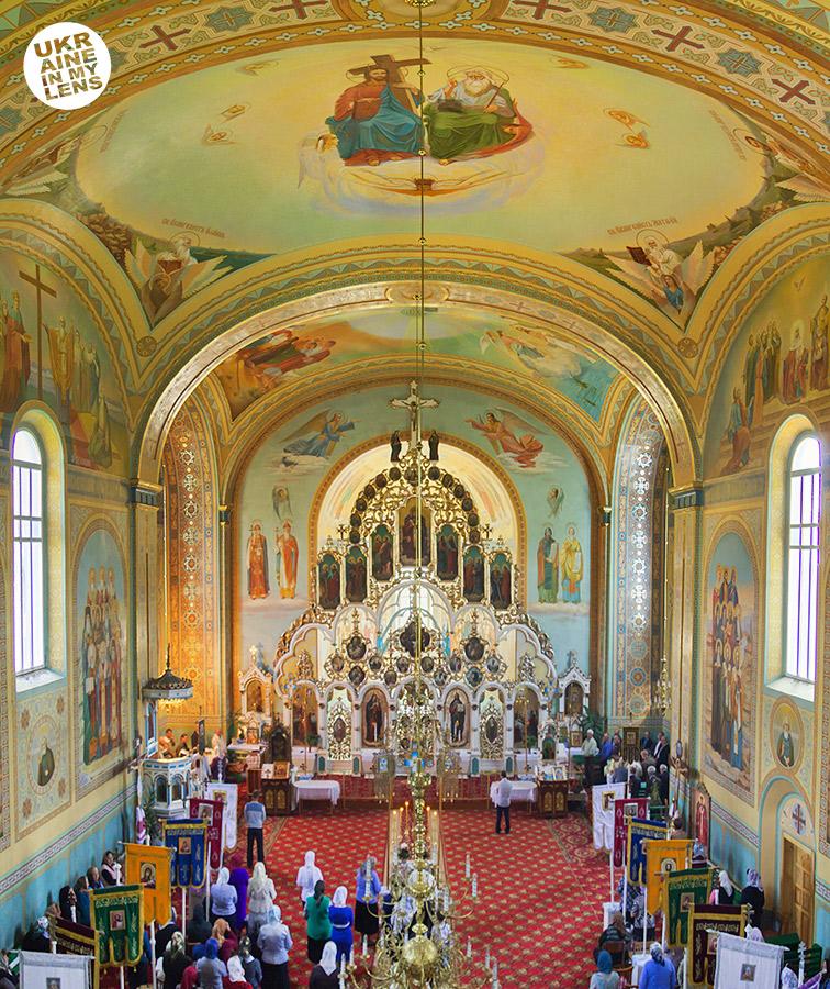 Успенская церковь села Синевир. Интерьер