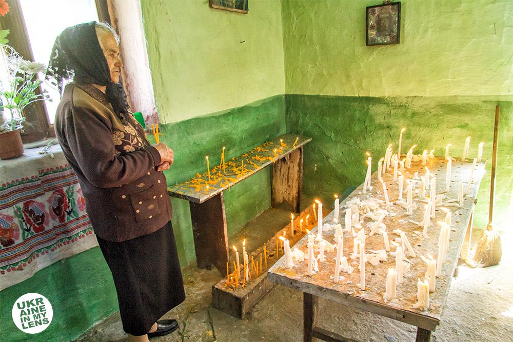 Успенская церковь села Синевир. Подсвечники