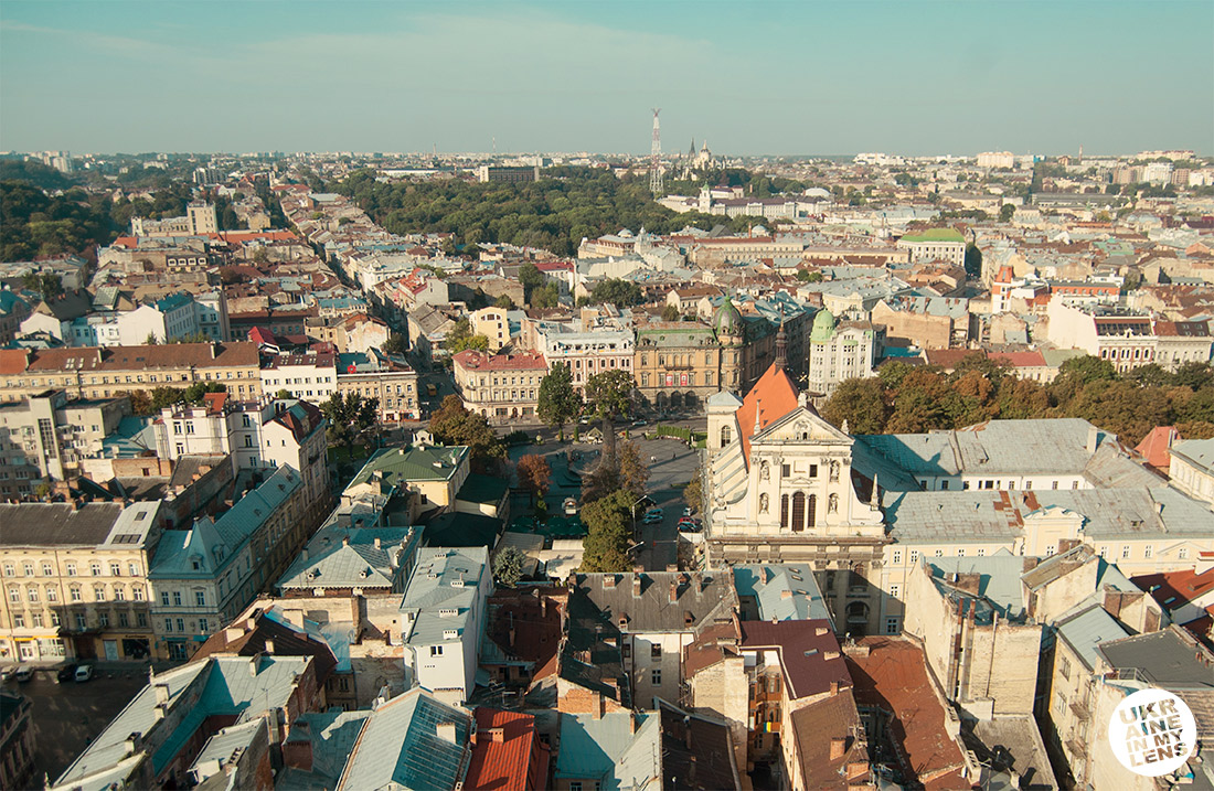 Виды со Львовской ратуши. Види зі Львівської ратуші