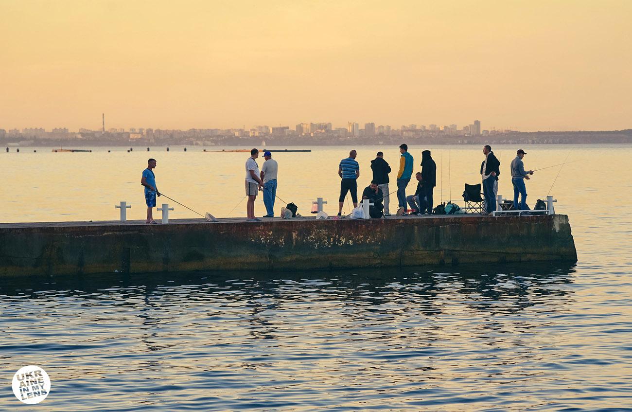 Фото Одессы 2018. Вечерняя рыбалка