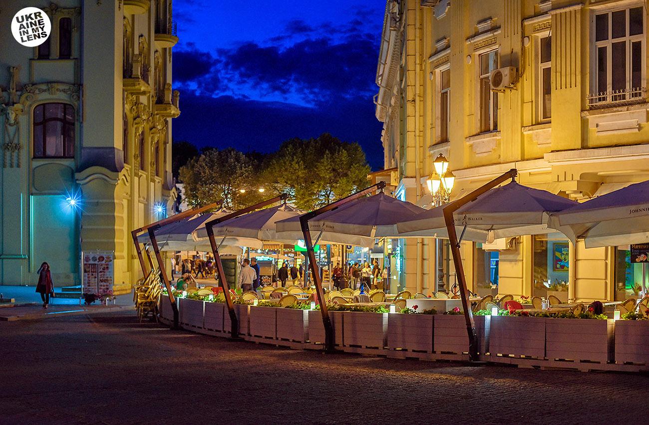 Фото Одессы 2018. Вечер на греческой площади