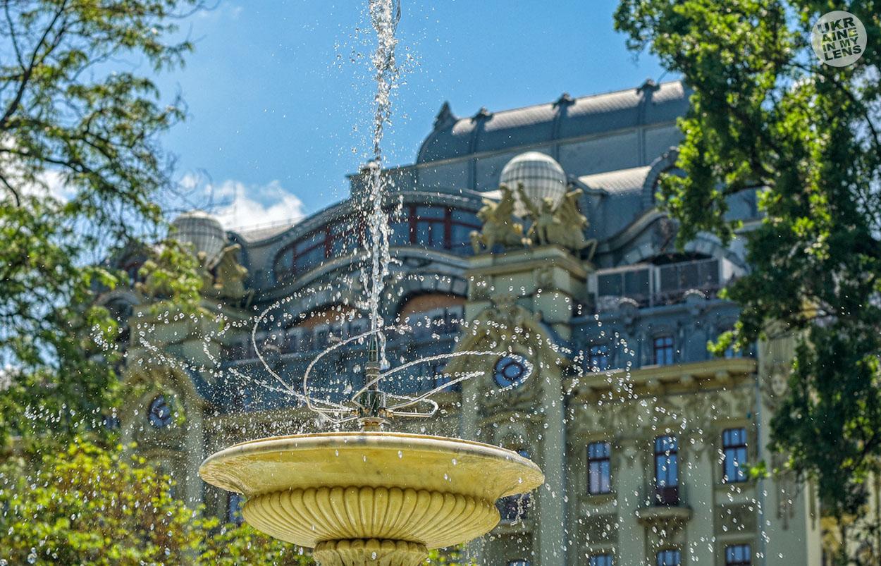 Городской сад в Одессе. фонтан
